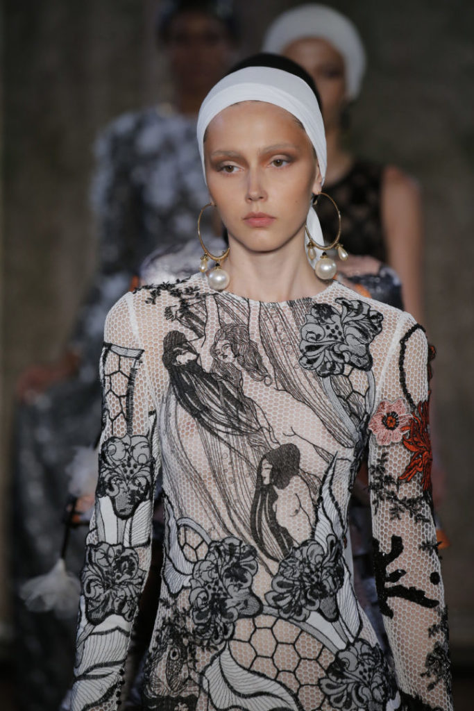 Yolancris - FW19 Couture