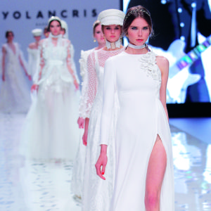 desfile fashion runway show novia bride wedding bridal boho dress gown