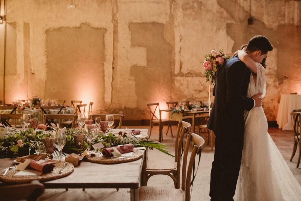 Yolancris vestido novia pedrería barcelona españaAnnais & Erik - Destination wedding photographer - La Estación, Otero de los Herreros - ARTEFOTO2