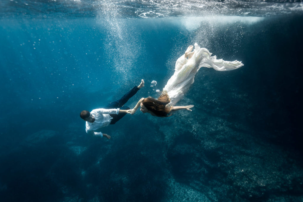 Iker Larburu yolancris underwater editorial photoshoot real bride mediterranean ibiza balear wedding dress