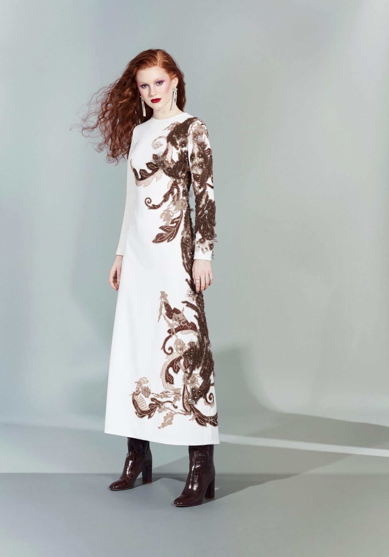 vestidos blancos bordados a mano