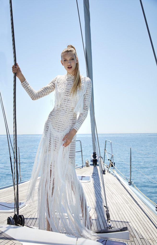 vestido de novia flecos manga larga