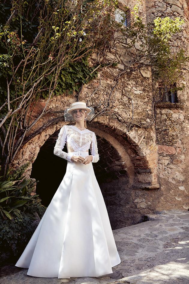 vestido de novia de manga larga de silueta princesa