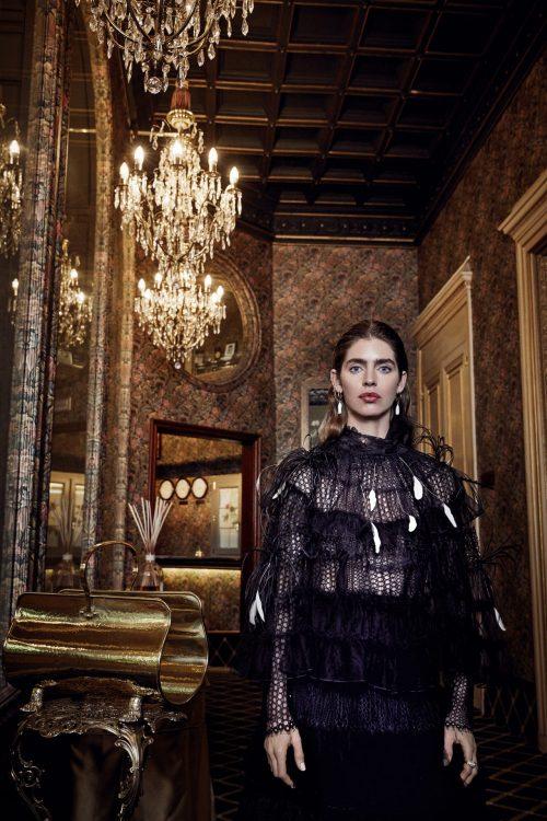 abrigo negro largo mujer